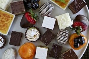 074_103W_pastries_overhead