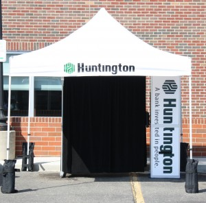 Huntington Bank Booth