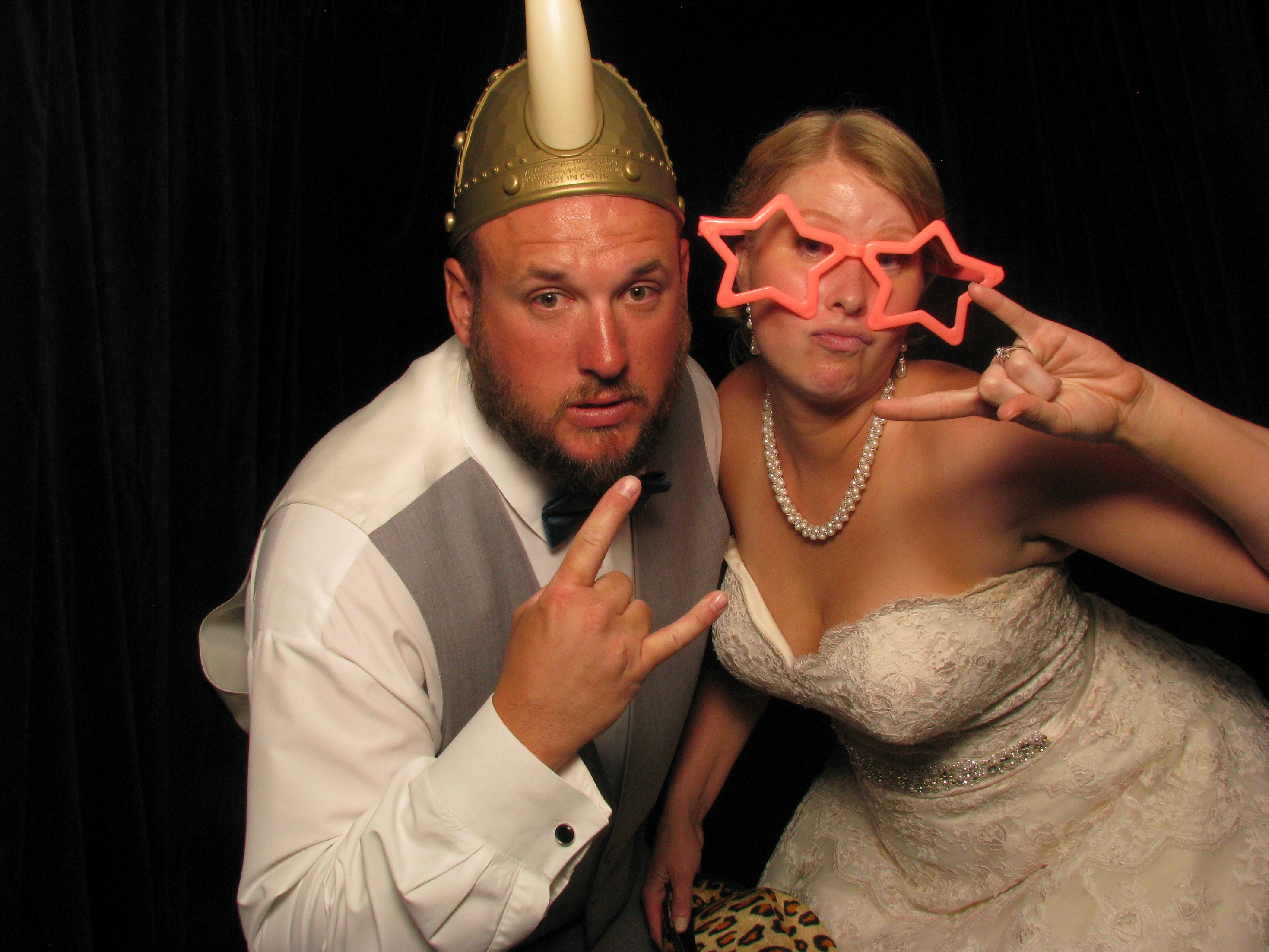 Kathy and ryan at fox hills shutterbooth photo booths